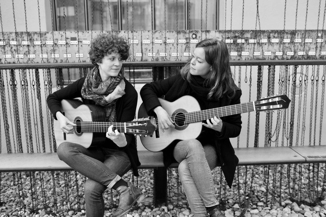 """Klassik im Schloss"" - Gitarren-Duo ""schö a deux"""