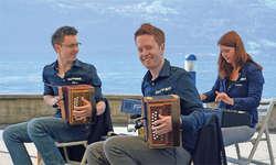 Uufwind mit Florian Schuler (von links), Aron Lötscher und Simone Lötscher war amSonntag die letzte Formation im diesjährigen Konzertprogramm. Bild: Silvia Camenzind