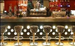 © Almodobar – Bar Lounge Restaurant