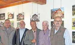Die Kulturgruppe hat eine weitere Ausstellung organisiert. Von links: Walter Gätzi, Franz Betschart, Beat Amstad, Martin Inderbitzin und Ernst Immoos