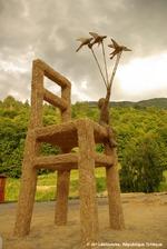Exposition de sculptures sur foin à Bellelay