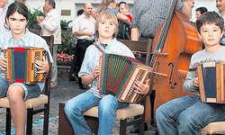 In Gwerders Fussstapfen: Catherine Schnüriger, Raphael Koch und Patrick Gaberell (von links) beherrschen bereits ein grosses Rees-Gwerder-Repertoire.