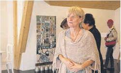 Edith Schuler stand am Freitagabend nach 20 Jahren stillen Schaffens zum ersten Mal in der Öffentlichkeit.  Bild Louis Hensler