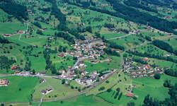 Theater und Musik vereint, das bietet jeweils die Musikgesellschaft Steinerberg.