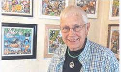 Gisela Buomberger verwandelt mit ihren naiven Katzenbildern das Gasthaus «Stausee» in ein Katzen-Eldorado.