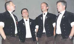 Das Jodlerquartett Männertreu aus Teuffental bei Thun war mit dabei. Bild Paul Diethelm