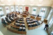 Blick in den Landratssaal während einer Sitzung des Rates (Bild: Samuel Trümpy Photography )