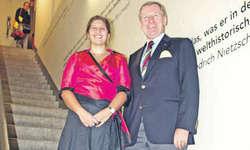 Die Präsidentin des Marchmuseums, Gisela Marty, mit dem Präsidenten des Marchrings, Jürg Wyrsch. Bild Katharina Gresch