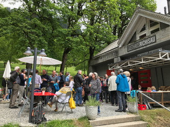 Gäste an der Saisoneröffnung 2019 im Gasthaus Richisau