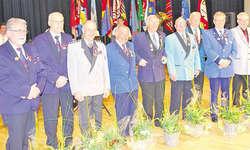 Insgesamt wurden 44 neue Veteranen geehrt: Im Bild die neuen kantonalen Ehrenveteranen (50 Aktivjahre) und CISM-Veteranen (60 Aktivjahre). Bild Simon Mächler