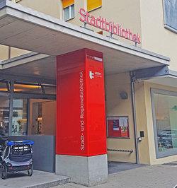 Stadt- und Regionalbibliothek Uster - 1
