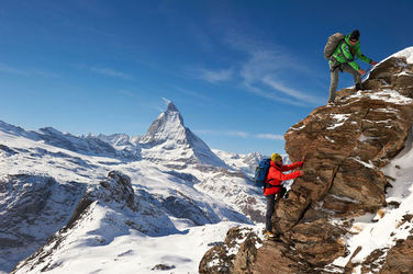 A scenic trip with a mountain guide: climbing on the Riffelhorn.
