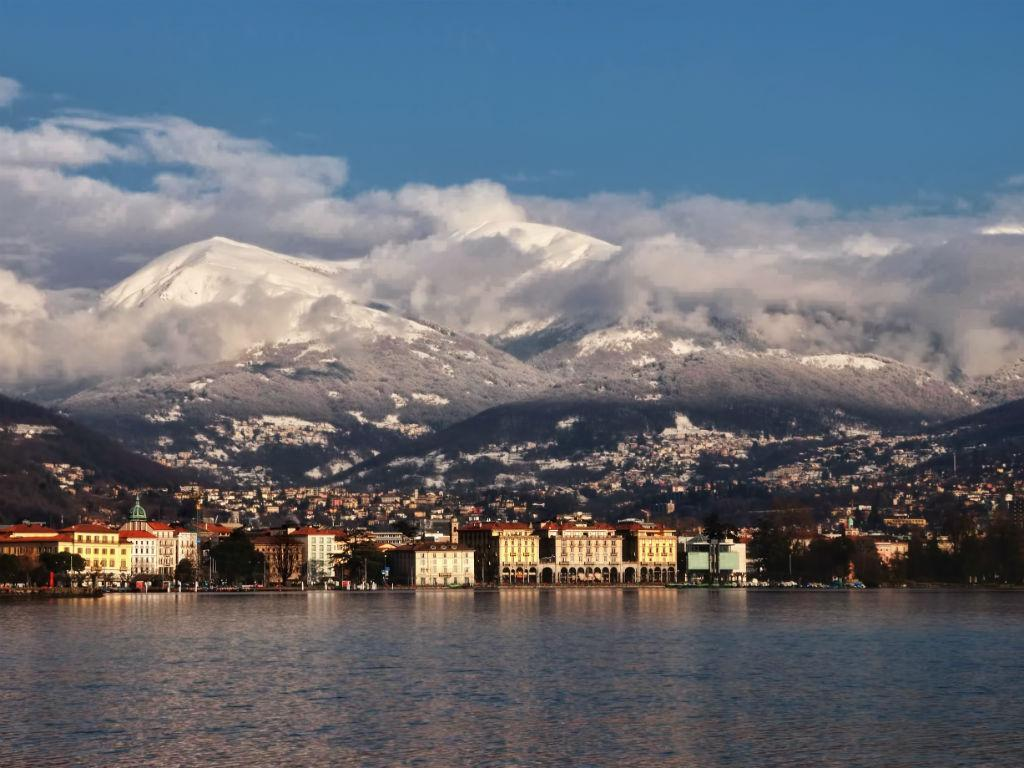 Christmas is in the air - Lugano City Tour