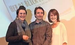 Illustratorin Regula Kunz-Stadelmann (von links), Verleger Hansjörg Römer und Musikerin Barbara Suter-Kraft stellten in Hünenberg ihr gemeinsames Werk vor. Bild: PD
