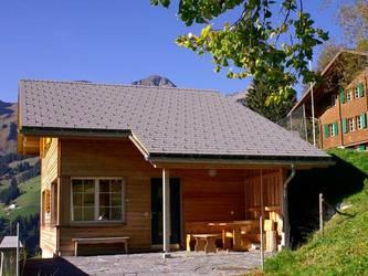 """Separates Leiterhaus """"Weidhüttli"""" mit 8 Betten, geeignet als Rückzugsmöglichkeit für Leiterfami..."""