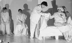Die Schauspieler der Theatergruppe «Mir sind guäti Lüüt» genossen ihren Auftritt auf der Bühne. Bild Rahel Alpiger