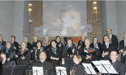 «Herz & Hände»: Die Uraufführung sorgte vorgestern für ein volles Gotteshaus. Bild Dominique Goggin