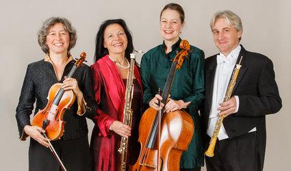 Aulos Quartett: AUF VERWACHSENEM PFADE