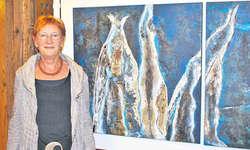 Heidi Honegger lässt sich bei der Abstraktion von Werken aus der Natur inspirieren. Bild Jasmine Helbling
