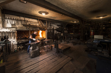 Die Hammerschmiede wurde im Jahr 1777 erbaut.