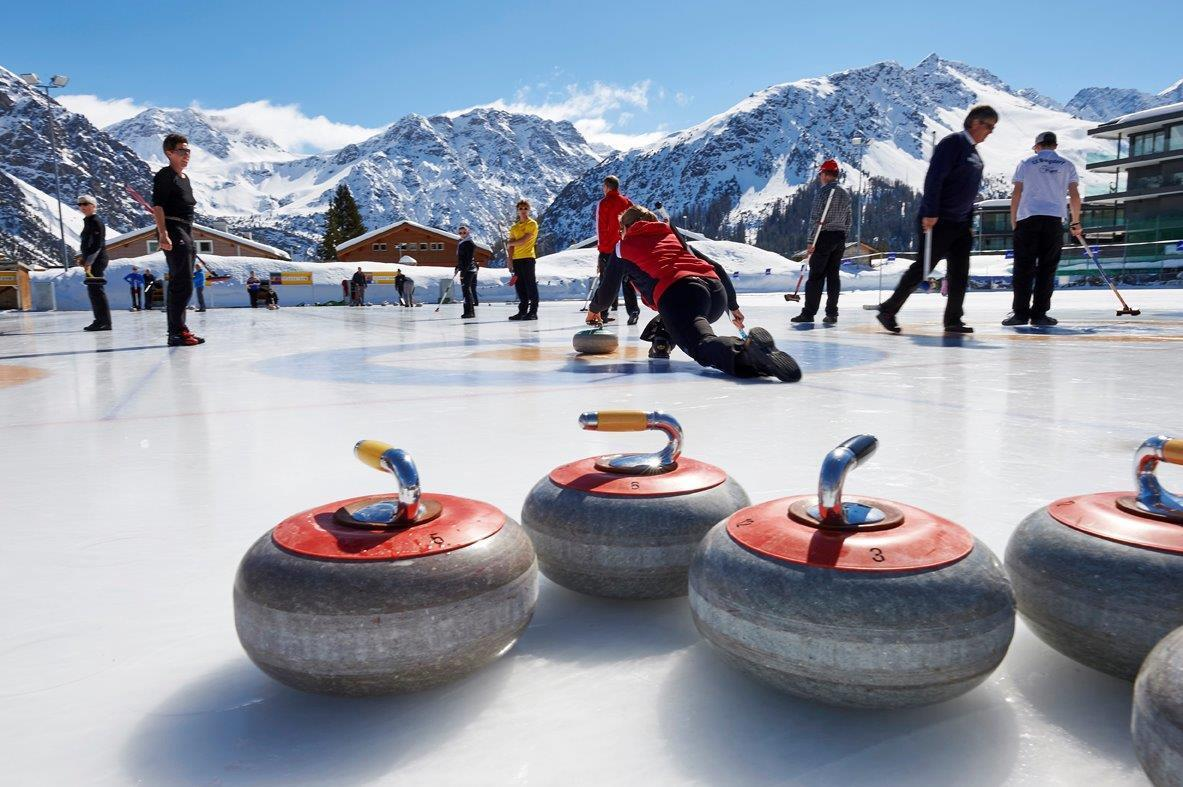 Curling: 2. Arosa Humorfestival-Trophy