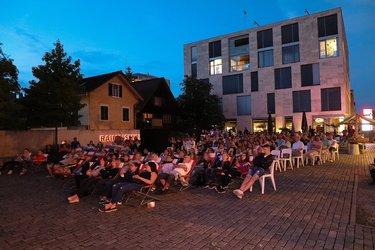 Sommerkonzert und Openairkino, Raiffeisenplatz
