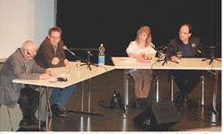 Schwyzer Kulturgespräch mit (von links) Geri Kühne (Moderation), Markus Brühlisauer, Renate Bürgler und Fredy Reichmuth. Bilder Fritz Lengacher