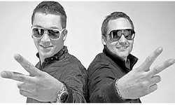 Nico Holzer (links) und Olaf Gartenmann freuen sich über die Veröffentlichung der ersten Single. Bild zvg