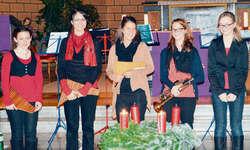 Sabrina Kunz, Carmen Bischof, Angela Kryenbühl, Nicole und Fabienne Reichmuth boten ein unvergessliches Erlebnis. Bild Kurt Fässler