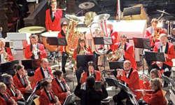 Die Musikgesellschaft Reichenburg anlässlich ihres Konzerts am Sonntag. Bild Paul Diethelm