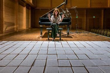 ''PREMIERE' Mit Werken von Chopin, Schumann, Brahms, Medtner, Catoire, Debussy