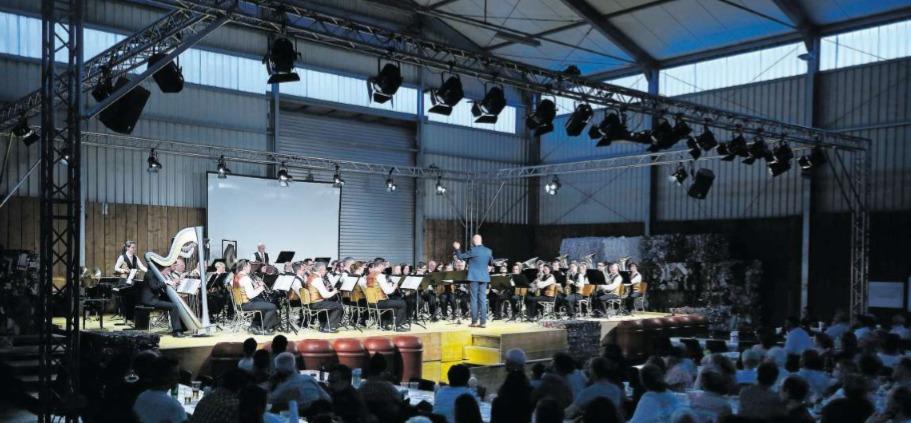 Die Hallen des Ökihofs haben sich als gutes Konzertlokal herausgestellt. (Bild Stefan Kaiser)