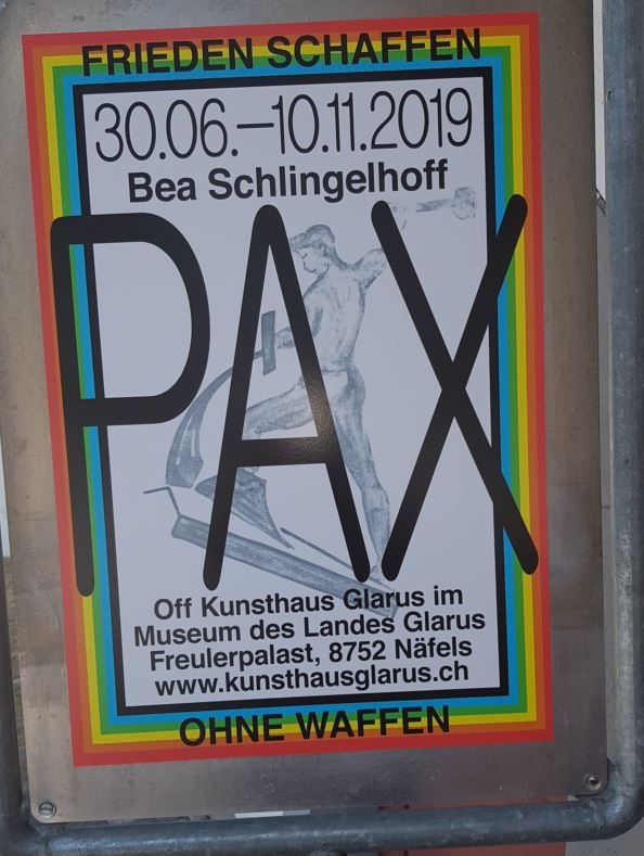 "PAX ""Piece of Glass"" oder ""Peace of Glass?"""