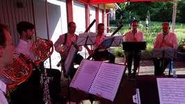Das Schwyzer Bläserensemble DiVent für einmal nicht als klassisches Oktett!