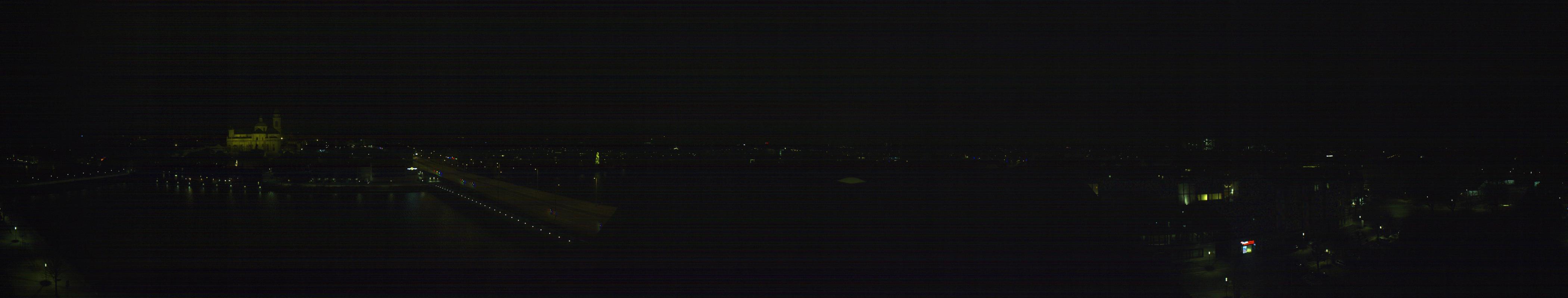 19h ago - 22:00