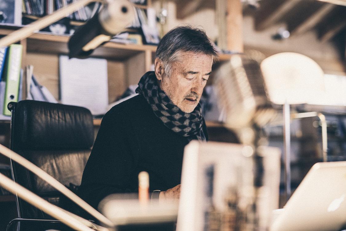Kennel in seinem Atelier. Bild: Philippe Hubler