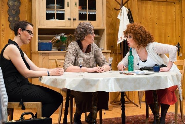 Theater: Houptsach d Chemie stimmt