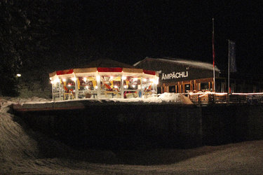 Karussell Bar vor dem Bergrestaurant