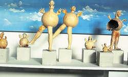 In Bewegung: Aus Bäch hat Rita Wunderli ihre prächtigen Figuren mitgebracht.