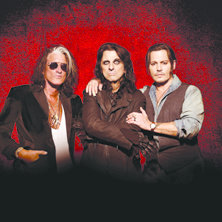 HOLLYWOOD VAMPIRES - Joe Perry - Alice Cooper - Johnny Depp
