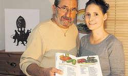 En Guete: Die beiden kreativen Köpfe Peter Feusi und Tochter Andrea Fernandez-Feusi haben ihre Lust am feinen Essen in ein Koch-Bilderbuch umgesetzt. Bild Christoph Jud