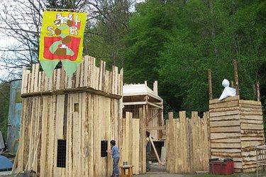 Abenteuerspielplatz Holzwurm - 1