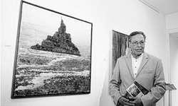 Die Werke, die Horst Schulzendorff in Bäch ausstellt, sind nur in der Zürichsee-Galerie zu sehen. Bild Albin Föllmi jun.