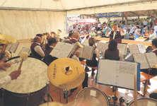 Die Musikgesellschaft Oberiberg überzeugte am Sonntagmittag die rund 150 Gäste des Frühschoppens mit gefälliger Blasmusik. Bild zvg