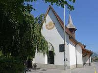 ökumenische Familienfeier in der Kirche Masans