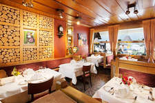 ****Kreuz & Post: Restaurant Kreuz & Terrasse