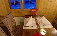 «C und M» Café Bar Restaurant: Ambiente