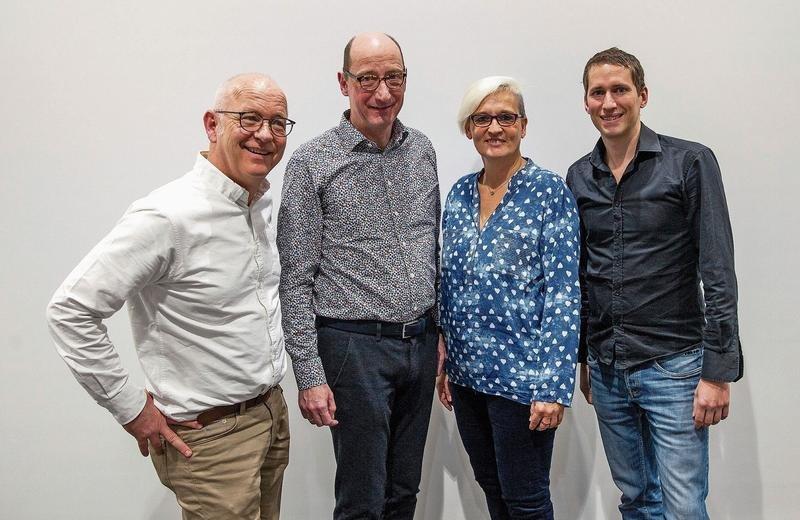 Der frisch gewählte Vorstand des Vereins Zuger Chornacht (von links): Frans Luttikhuis, Finanzen, Andreas Wepler, Präsident, Daniela von Jüchen, Aktuarin, und Christof Tschudi, künstlerische Leitung. (Bild PD)