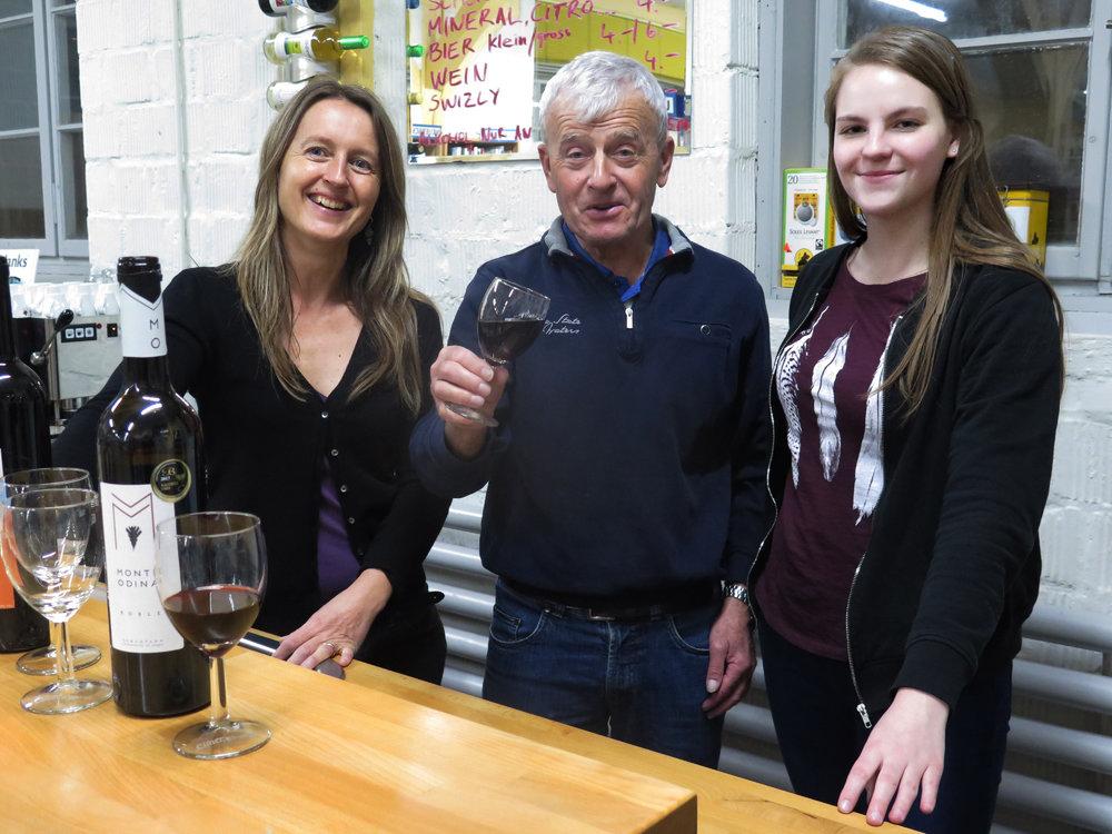 Weinkultur im Wortreich: Monatliche Weinbar mit Balz Störi