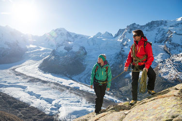 In the safe hands of a mountain guide: climbing on the Riffelhorn.